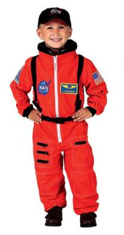 NASA Astronaut Costume! The Best Halloween Costumes For Boys for 2017! If you're looking for great costumes for boys (or girls costumes), dress up clothes, or Halloween boys costumes, here are some of the BEST costumes this year!