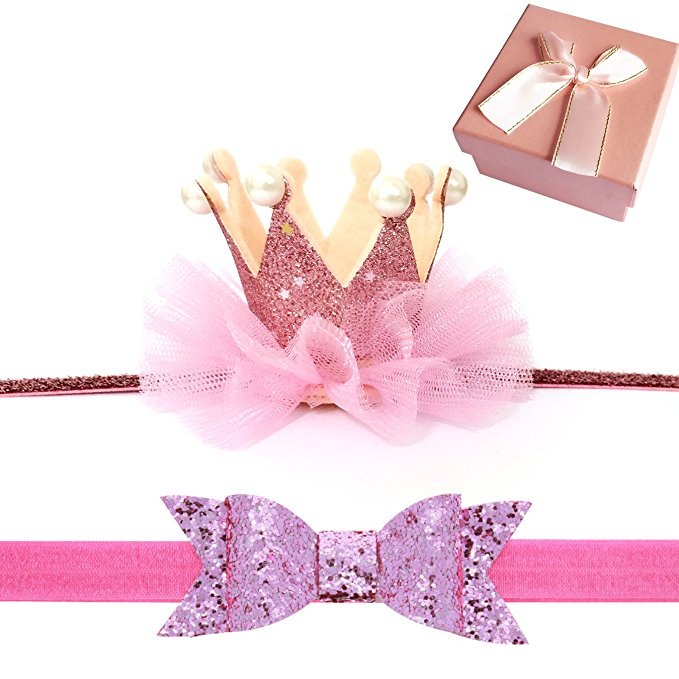 Your baby girl is your Princess! Why not get some adorable crown accessories for her photo shoot!