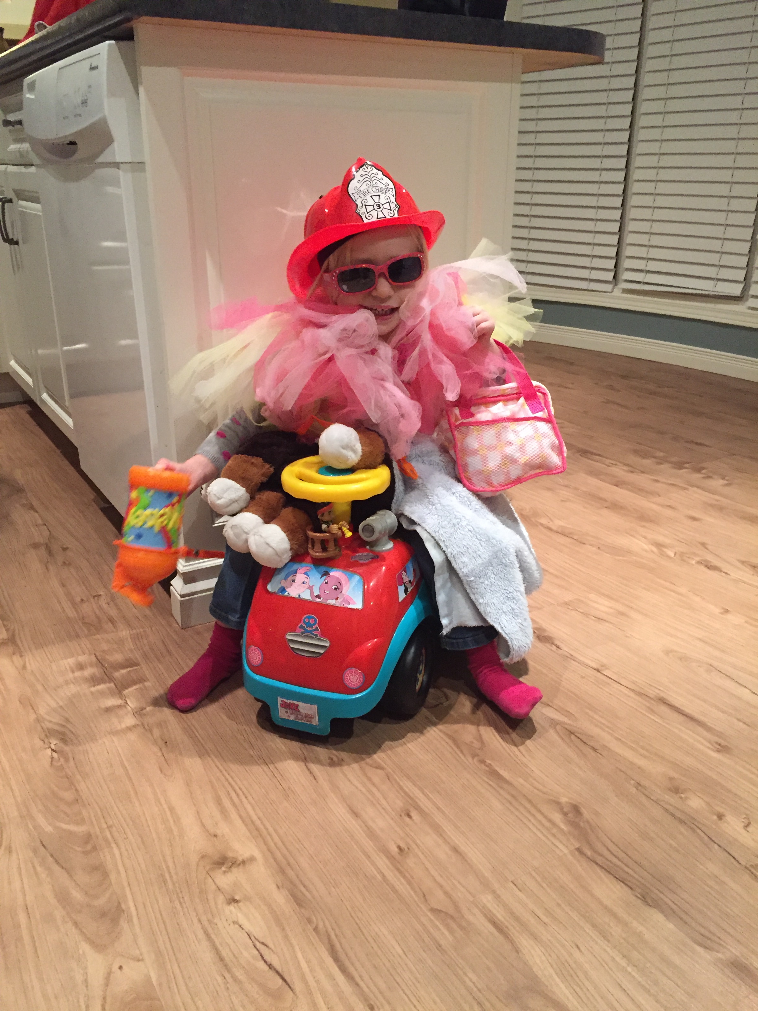 11 Reasons Why Your Kids Don't Want To Play Dress Up - And How You Can Change This!