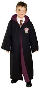 Harry Potter Costume / Gryffindor Robe: The Best Halloween Costumes For Boys for 2017! If you're looking for great costumes for boys (or girls costumes), dress up clothes, or Halloween boys costumes, here are some of the BEST costumes this year!